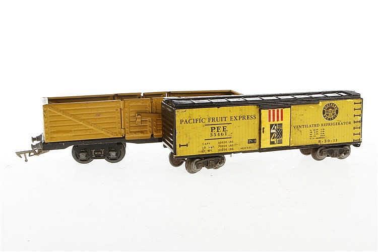 2 Güterwagen