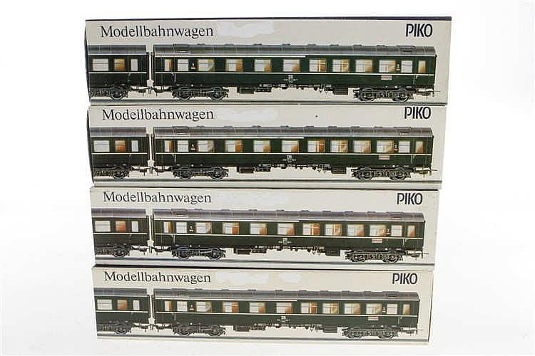 4 Piko D-Zug Wagen