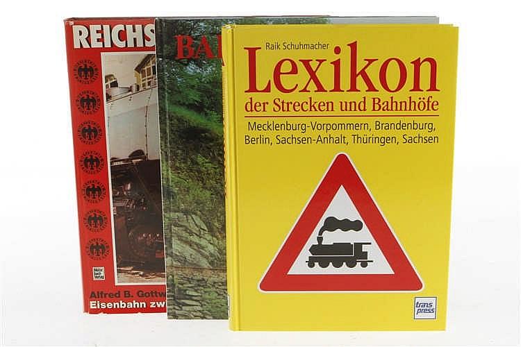 """3 Eisenbahnbücher """"Lexikon der Strecken und Bahnhöfe"""""""