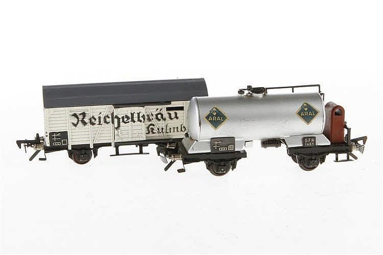 2 Fleischmann Güterwagen