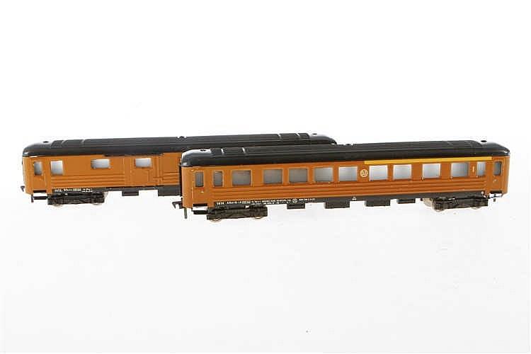 2 Fleischmann Personenwagen 1414 SJ und 1415 SJ