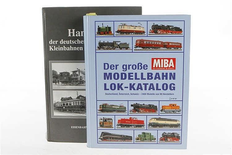 """2 Eisenbahnbücher """"Der große Modellbahn Lok-Katalog"""" und """"Handbuch der deutschen Straßenbahnen"""