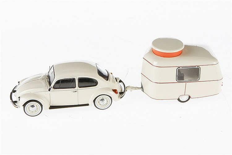 Schuco Käfer mit Wohnwagen 450386600
