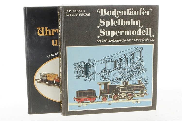 """2 Eisenbahnbücher """"Bodenläufer Spielbahn Supermodell"""" und """"Mit Uhrwerk"""