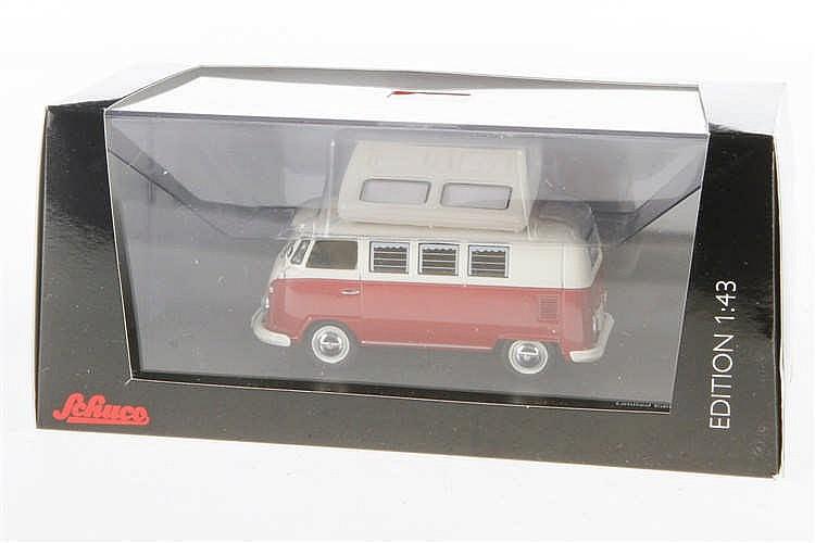 Schuco Campingbus 450353900