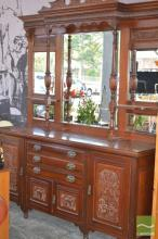 Edwardian Carved Walnut Mirrored Back Sideboard with four doors & column supports