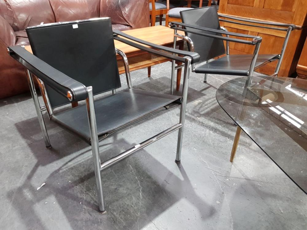Good Pair of Le Corbusier LC1 Chairs