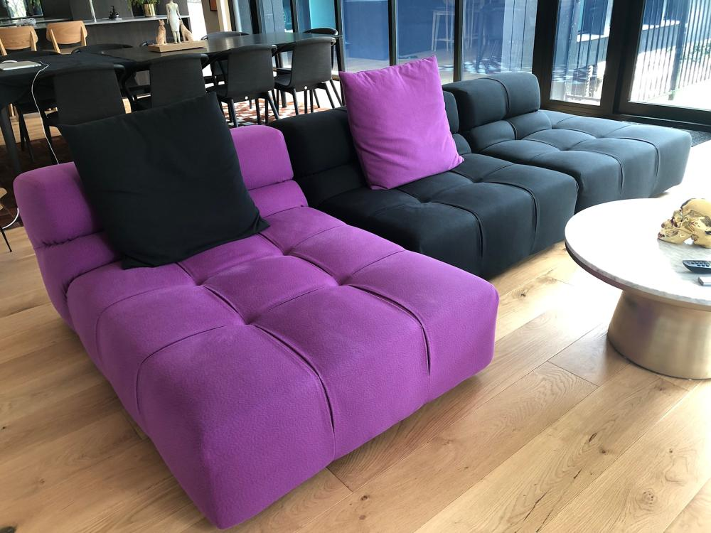 Original B&B Italia Tufty-Time sofa with 2 matching back cushions