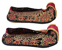 Chinese Embroidered Wedding Shoes