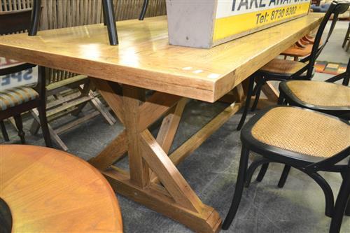 Lot Bordeaux Oak Dining Table 200cm
