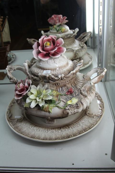 Capodimonte Lidded Floral Tureen (flowers slightly damaged)