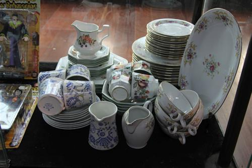 Johnson Brothers Dinner Wares with Others incl. Finnish & Bavarian