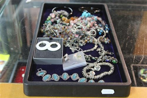 Sterling Silver Ladies Jewellery with Other Costume Jewellery