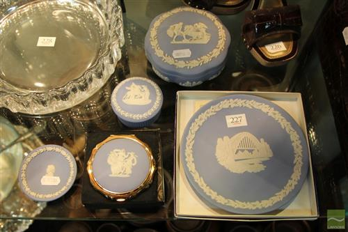 Wedgwood Jasper Ware Cameo Compact with Other Jasper Ware incl. Sydney Themed Plate