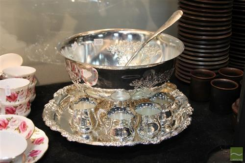 Viners Silver Plated Punchbowl Set