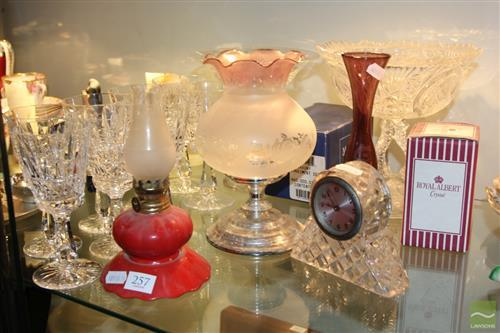 Miniature Red Glass Kerosene Lamp with Glass & Crystal incl. Clock (AF)