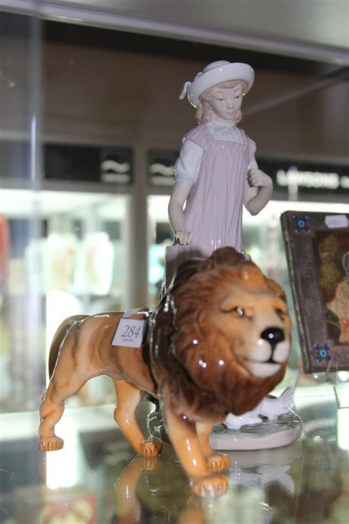 Lladro Figure of a Girl Feeding Doves (basket missing) with a Beswick Lion (a.f.)