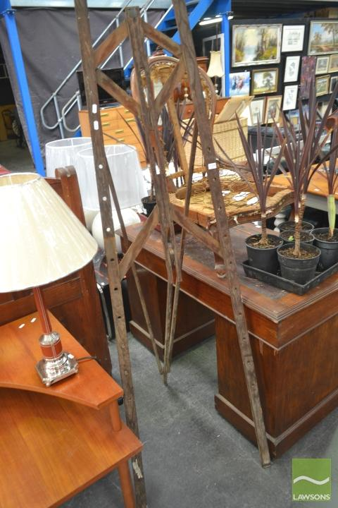 Antique Timber Easel