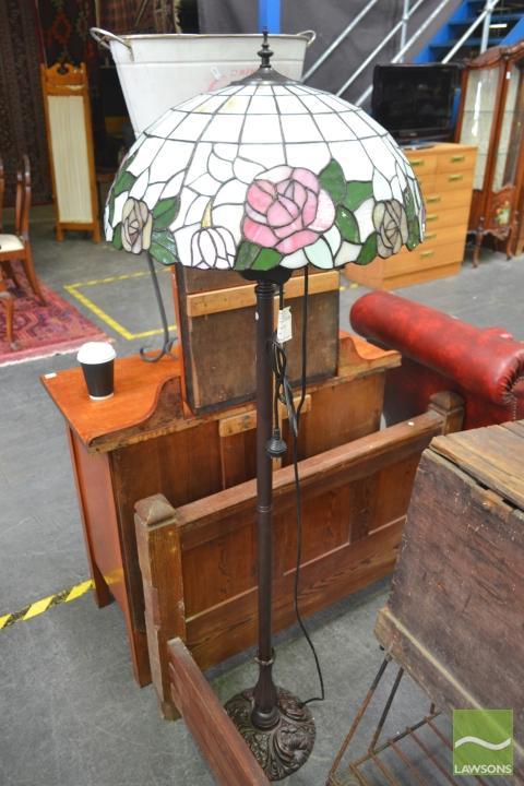 Leadlight Standard Lamp