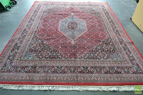 Persian Bidjar (320 x 245cm)