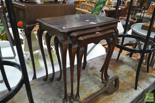 Nest of 3 Tables on Cabriole Legs