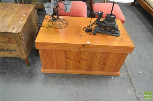 Timber Lift Top Trunk