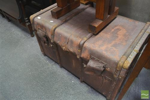 Vintage Globite Travel Trunk