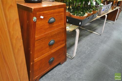 Pair of Tapering 3 Drawer Bedside Cabinets