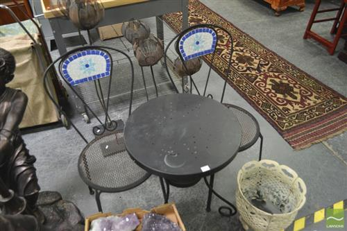 Metal Occasional Table with 2 Chairs