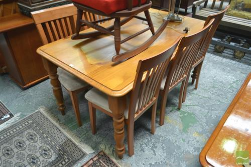 Timber Seven Piece Dining Setting incl. Table & Six Chairs