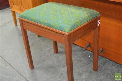 Upholstered Lift Top Piano Stool