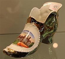 Government House Sydney Gold Lustre Shoe Vase c.1910