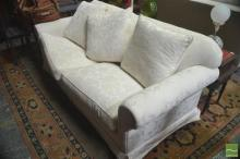 White 2 1/2 Seater Lounge