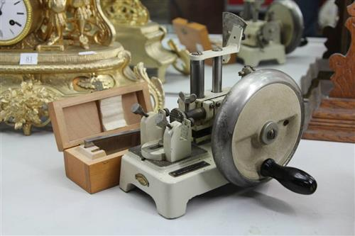 Sartorius Werke H.B. Selby & Co Hand Driven Tissue Slicing Microtome Device (Mod 36A Nr 16251)