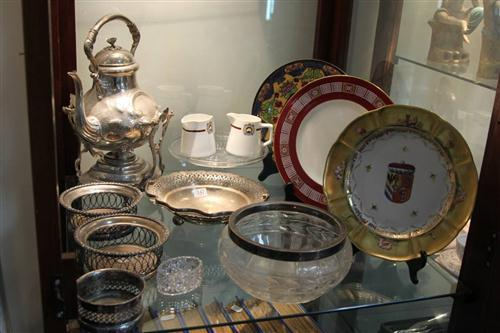 Royal Doulton Cabinet Plate with Other Wares incl. Plated