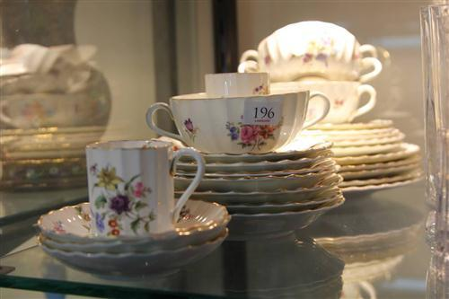 Royal Worcester 'Roanoke' Dinner & Tea Wares