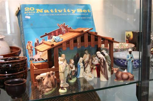 Vintage 20-Piece Nativity Set