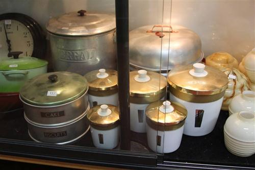 Aluminium Steamer with Other Kitchen Wares incl. Canisters