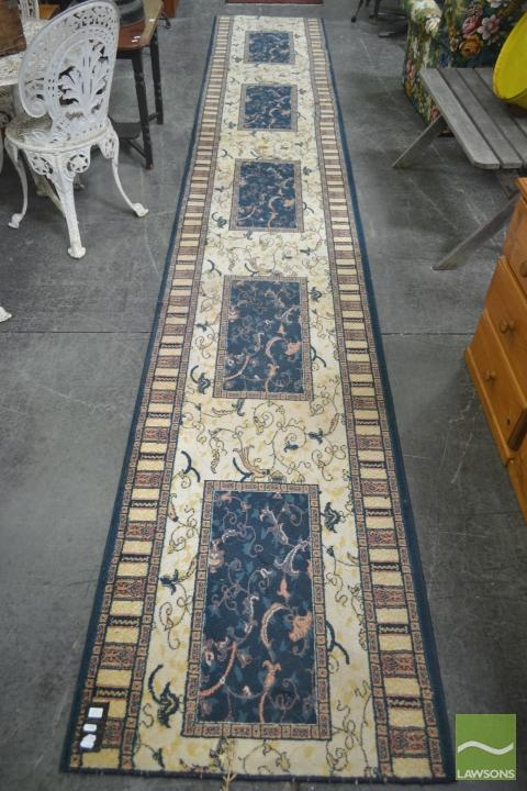 Cream and Blue Tone Runner (480 x 80cm)