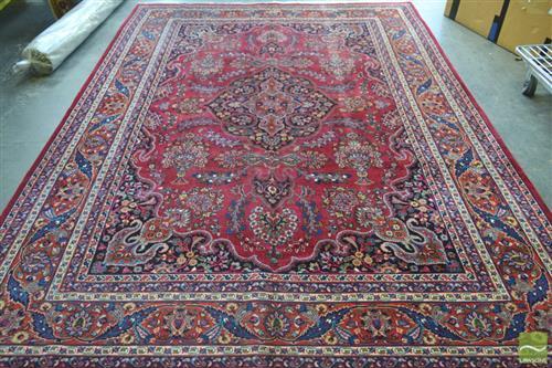 Persian Sarouk (342 x 250cm)