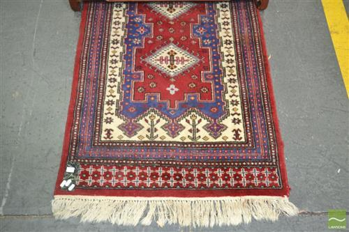 Red Tone Rug with a Row of Seven Medallions (320 x 80cm)