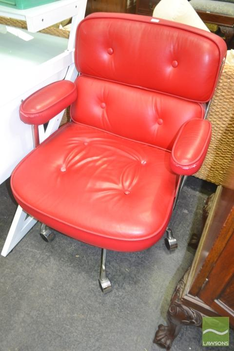 Vintage Office Chair in Red