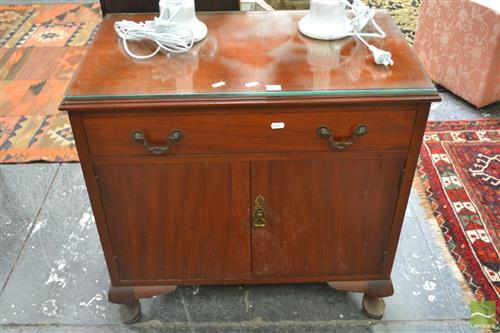 Single Drawer Bedside Cabinet with Two Doors