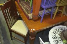 Oak Dining Setting incl. Draw Leaf Table & Six Chairs incl. Two Carvers