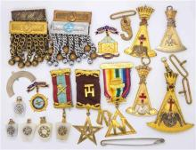 A GROUP OF ASSORTED MASONIC REGALIA; badges, plates, ribbons etc.