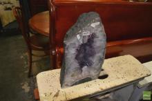 25kg Amethyst Cave Grade 4