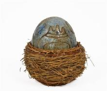 Gloria Fletcher Thancoupie (1937 - 2011) - Love Magic Egg/Basket h. 16cm