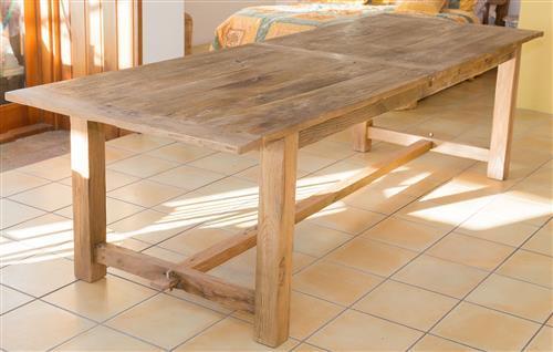 A large farmhouse dining table w 78 x h 100 x 290cm