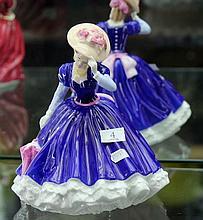 Royal Doulton Figurine 'Mary'