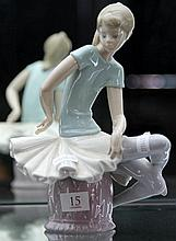 Lladro Figure of Seated Ballerina